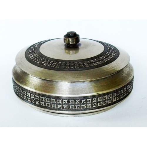 BERNARDO ZANETTO, scatola rame argentato,  sbalzato inciso con decoro astratto con coperchio, cm.9x17_Ø, design  anni 50/60