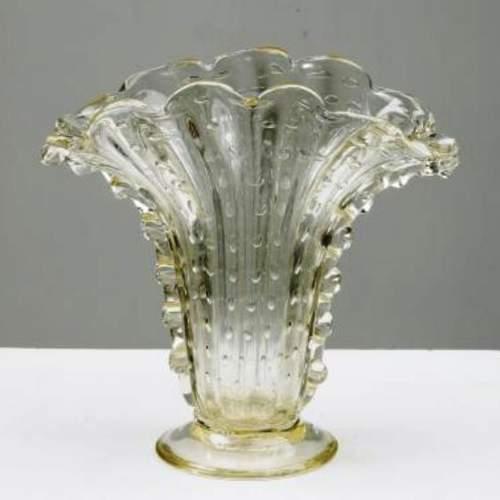 ERCOLE BAROVIER, Barovier e Toso, Vaso a ventaglio con bolle e murrise laterali e piedino, h.cm.29x26,5, anni 40