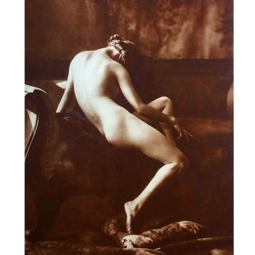 NATUR UND KULTUR BERLIN: GESELLSCHAFT ZUR VERBREITUNG KLASSISCHER KUNST, 1925.  Esemplare delle 120 tavole di fotografie di nudi