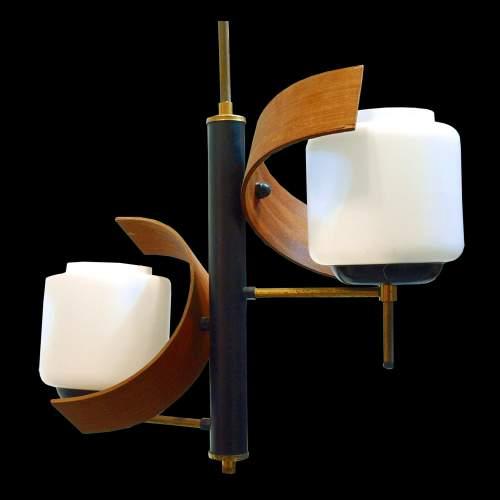 Lampadario a due luci, ottone, metallo laccato, tek  curvo, diffusori in vetro lattimo satinato , h.cm.93x40,anni 50