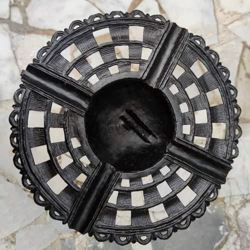 Umberto Bellotto  | Tavolino in ferro battuto  e traforato | decoro floreale | H. cm. 80x 40 |1930 circa