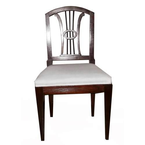 Coppia di sedie Biedermaier  | in noce massello e tappezzeria