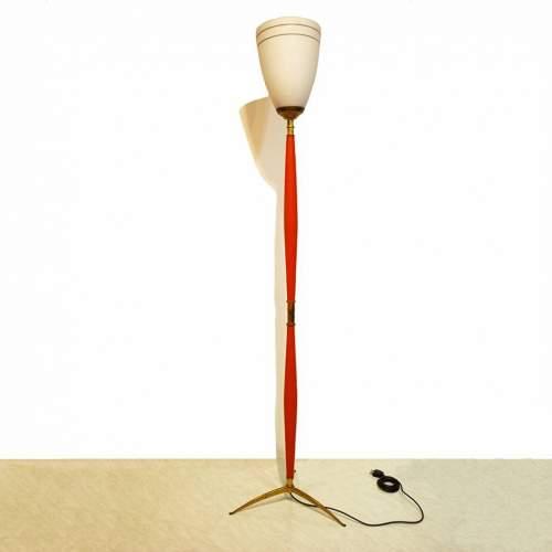 Lampada da terra  piede in ottone | h.cm. 193 x 47 | diffusore in vetro  cm. 34x25 | anni '50