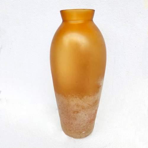 Gino Cenedese| Vaso ovalivorme |  in vetro ambra a  scavo irridescente, h.cm. 32x12, 1960
