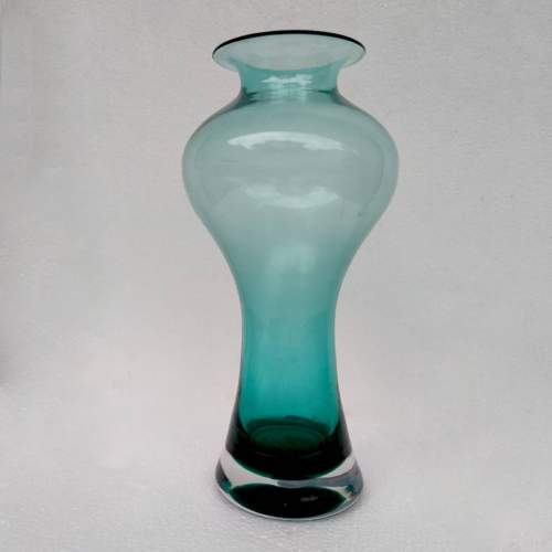 Vinicio Vianello| della serie spazialista Vaso  a doppia strozzatura in vetro acquamarina| h.c.33x15| anni 1950/60