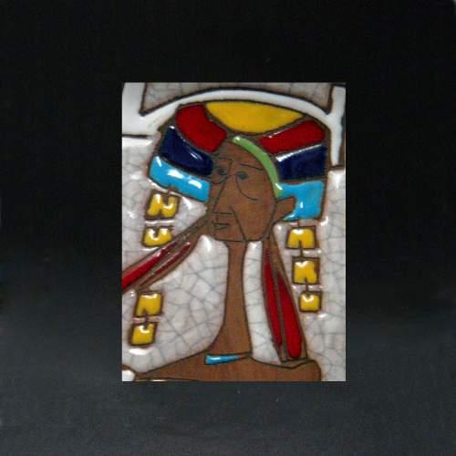 """particolre, HUGO - R.S.M.(Repubblica San Marino) """" Guerriero Egiziano """", pannello in ceramica, h.cm.53x12, marchio,anni 50"""