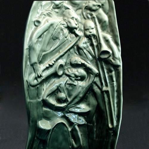 """Patticolare, Mario Brunetti per ARIELE Torino """" suonatori di Jazz """" scultura in ceramica, h.cm.51x21,5x12,marchio,anni '50"""