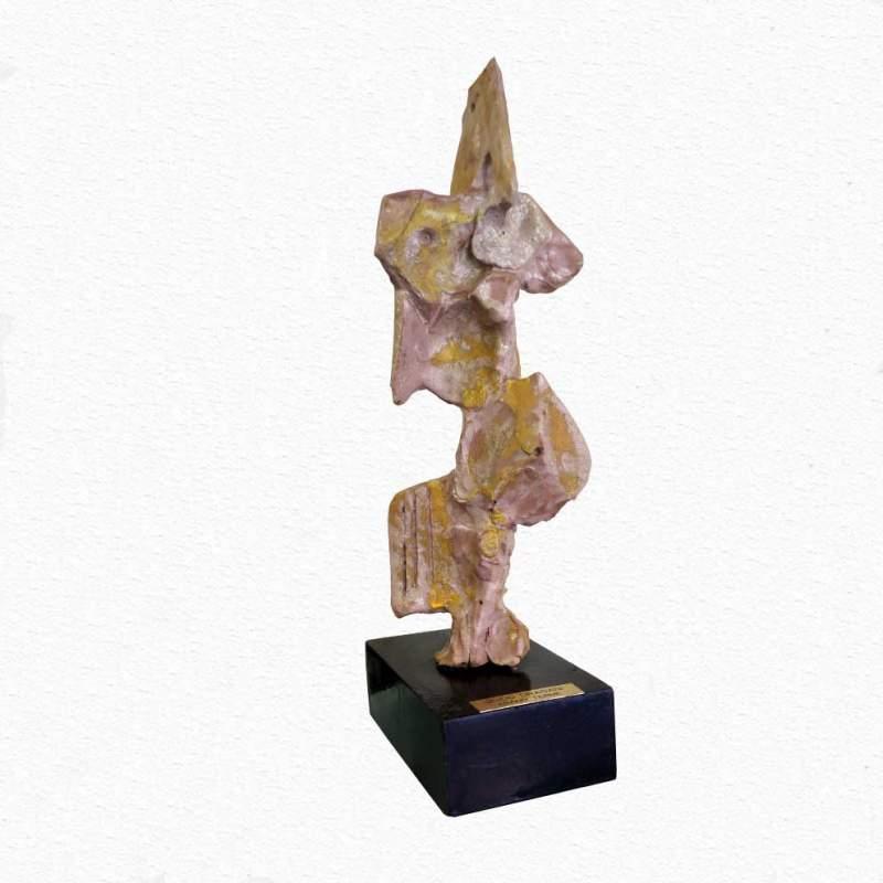 Guido Dragani , Totem, scultura in terracotta e malti policromi,