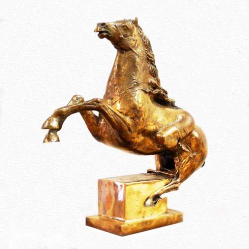 Novello Finotti,  Amazzone a cavallo, scultura in bronzo dorata