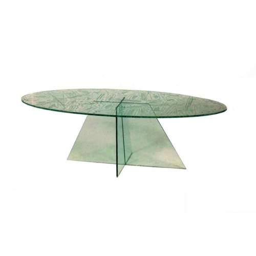 ANGELO RINALDI, tavolo in cristallo, piede a chiglia di nave rovesciata, piano scolpito a figure, cm.50x47, firmato e datato '85